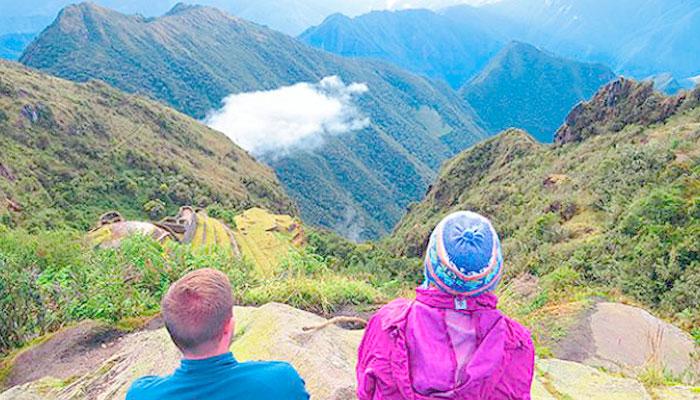 Trekking Standard Inca Trail Trek to Machu Picchu